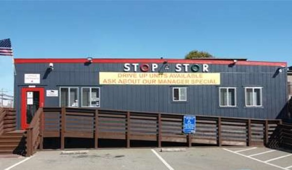 Stop N Stor Storage in San Francisco Office Building Exterior