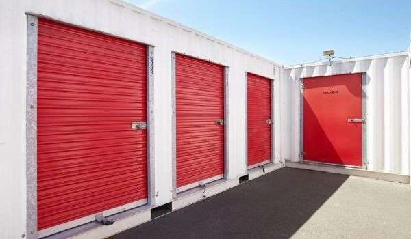 Exterior Access Self Storage Units in San Francisco, CA